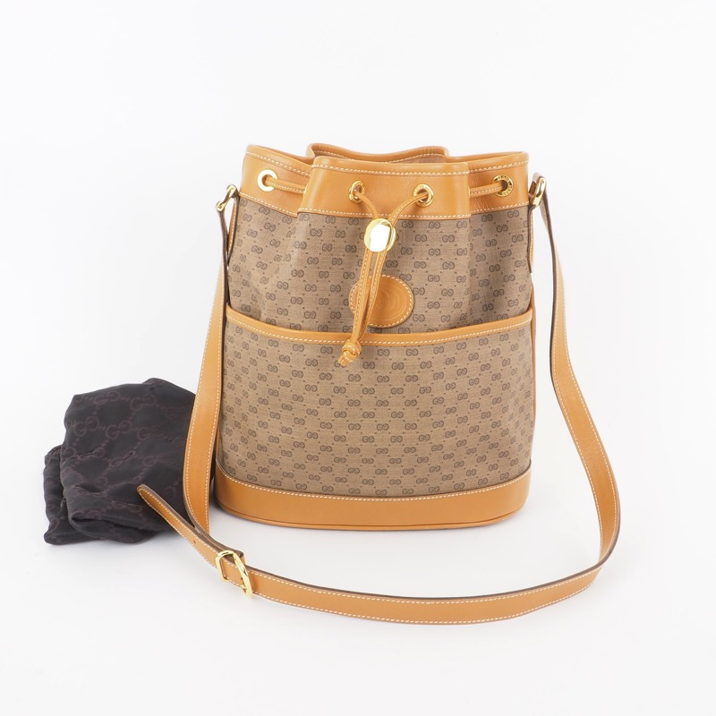 90ac94ee5cd5 Vintage Gucci Micro GG Monogram Bucket String Shoulder Bag ...