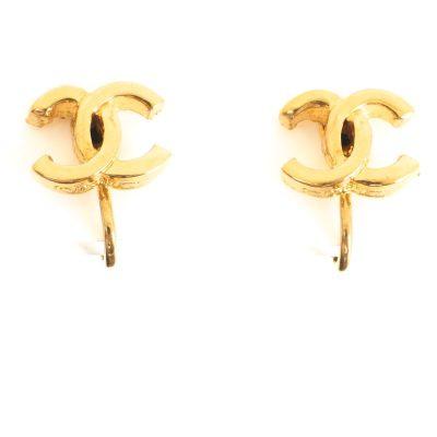 Vintage Chanel CC Logo Simple Gold Little  Earrings