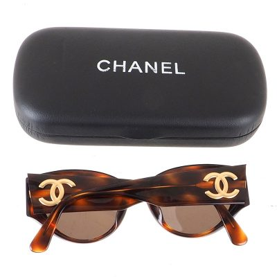 Vintage Chanel Excellent Turtoise Pattern Gold Logo Sunglasses