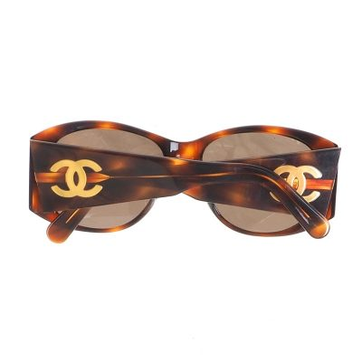 Vintage Chanel Tourtoise Pattern Extra Wide Temple Sunglasses