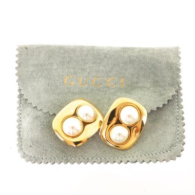 Vintage Gucci Faux Pearl Excellent Clip  Earrings