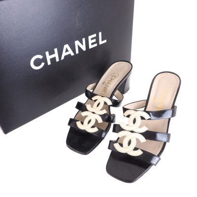 Vintage Chanel Four Massive CC Logo Patent Leather Sandals Heels Shoes