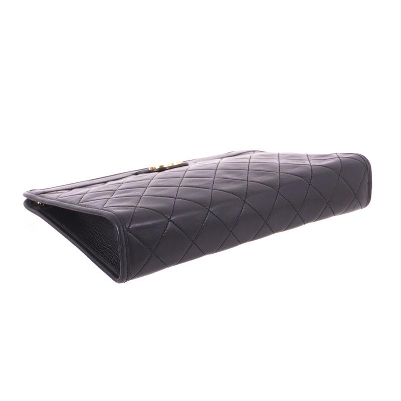 eb8b5d00905 Vintage Chanel Quilted Black Never Used Clutch Bag - Nina Furfur ...