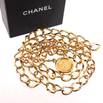 Vintage Chanel Extra Chunky Gold Medallion Excellent Necklace Belt