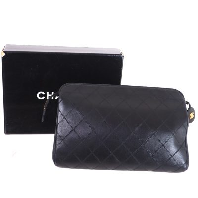 Vintage Chanel Excellent Condition Black Quilted Clutch Clutch Bag