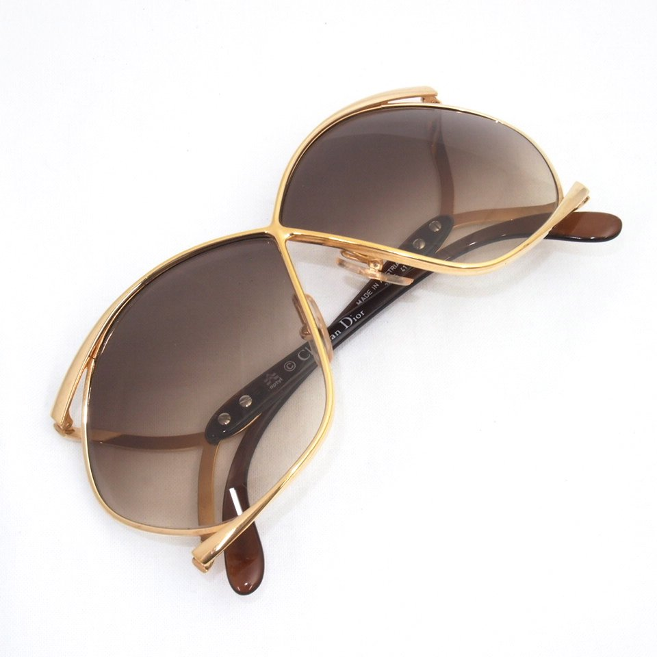 Oversized Gold Frame Sunglasses : Vintage Christian Dior Oversized Butterfly Sunglasses Gold ...